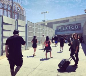 susana ferreira at the san ysidro border crossing, photo by marie arago